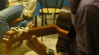 Sizilien 2010 329-3-Guitar